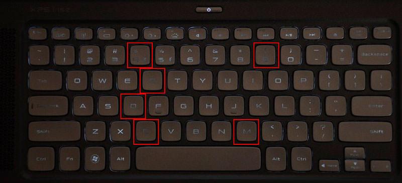 Portátil con teclado gastado